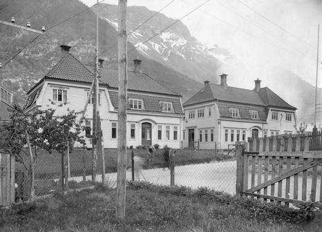 Portbyggene på Smelteverket 1910-11