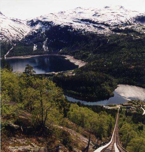 Trallebana i Skjeggedal sett frå Mågelitopp